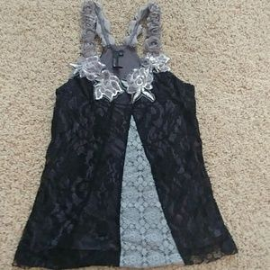 BKE Boutique Floral and Lace Tank